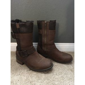 Adorable brown UGG boots